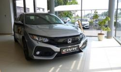 CIVIC 5D 1.0 ELEGANCE 18 NAVI 6MT